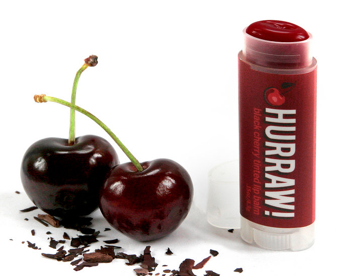 Hurraw Black Cherry